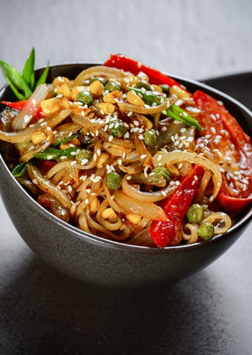 Rice noodles with vegetables - photo