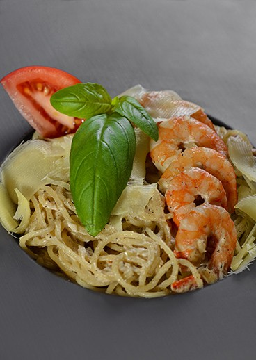 Pasta with royal shrimps - big photo