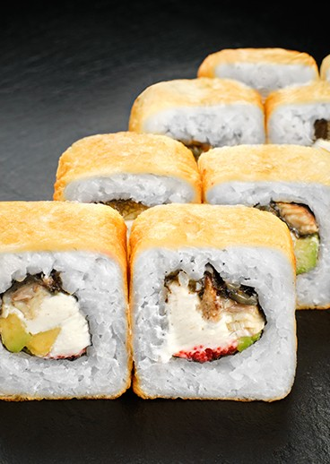 Tempura roll with eel - big photo
