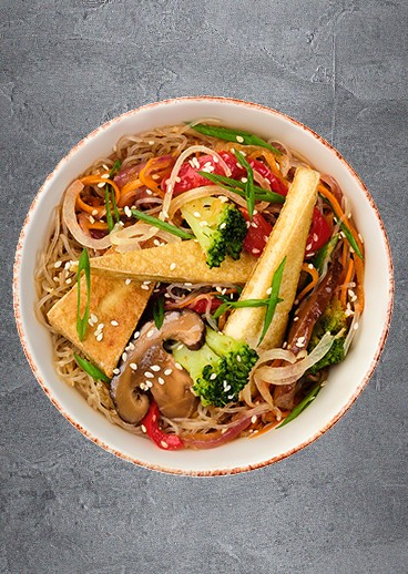 Transparent noodles with vegetables - photo